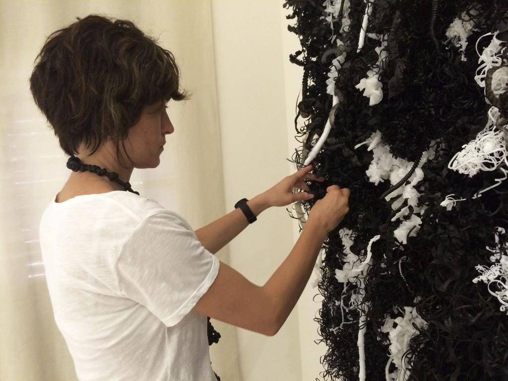 francesca-pasquali-plastic-plot-black-white